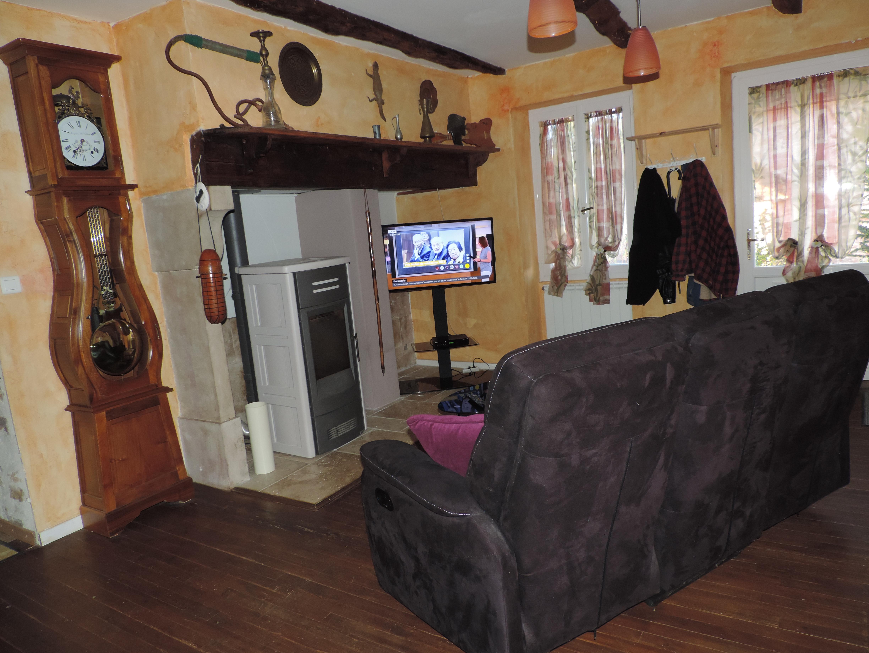 Salon TV à votre disposition - Mas De Cascabel